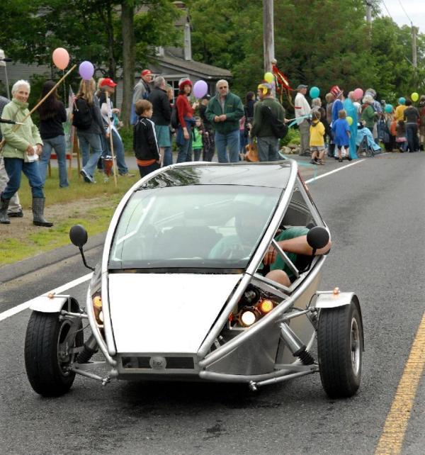 Shutesbury Parade